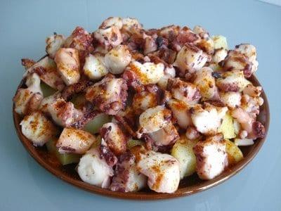 Patatas con pulpo
