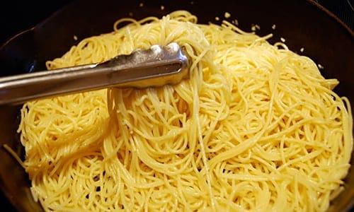 Espaguetis con espinacas