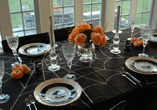 Ideas para decorar la mesa de halloween recet n for Decoracion mesa halloween