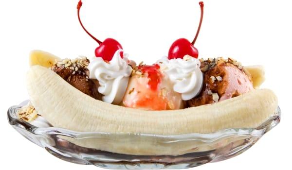 Banana split, monta el postre a tu gusto