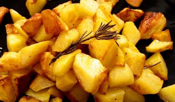 Patatas al horno arom tizalas recet n - Patatas pequenas al horno ...