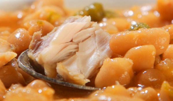 Cazuela de alubias con at n recet n - Calorias alubias cocidas ...