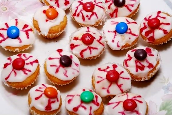 Ojos rojos, pastelitos para Halloween