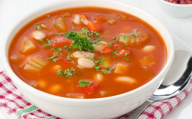 sopa de alubias blancas
