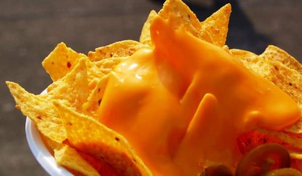 Salsa de queso, la de los nachos