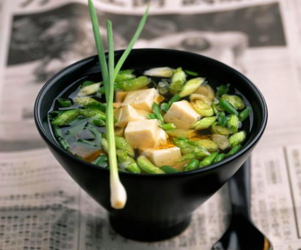 """Sopa de miso, el """"caldito calentito"""" japonés"""