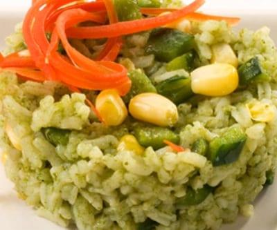Arroz verde, arroz y verduras