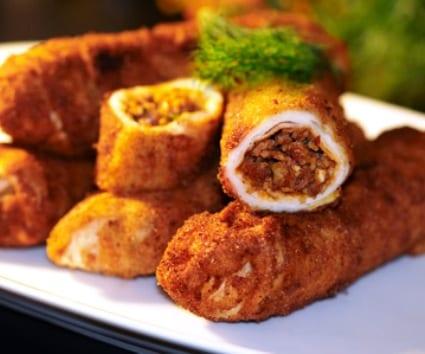 Flamenquines de pollo y ragú al chorizo