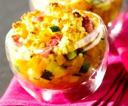 Crumble salado de verduras y bacon