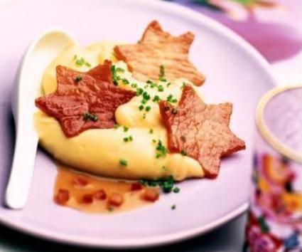 Estrellitas de jamón con puré de patata