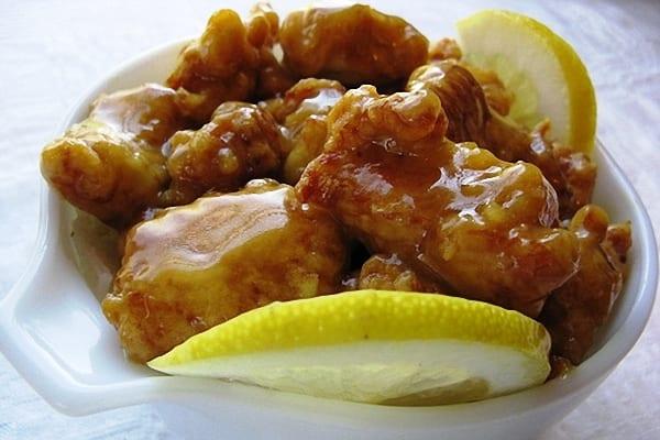Pollo chino al limón, con una rica salsa agridulce