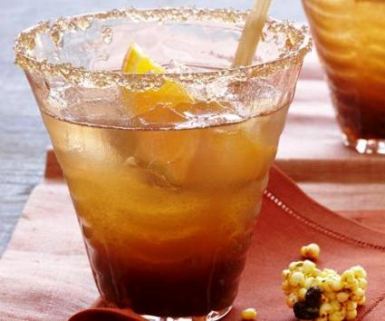 Cóctel de té frío con jengibre y otras especias