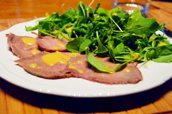 "Filetes de ternera o ""roast beef"" a la mostaza"