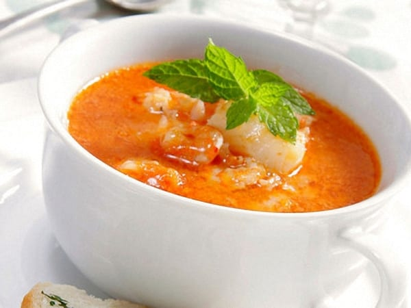 """Sopa al """"cuarto de hora"""", con mariscos y arroz"""