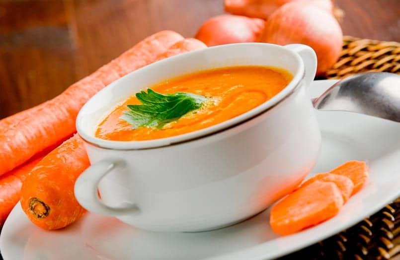 Crema de verduras con zanahoria, puerro y champis ¿gratinamos?