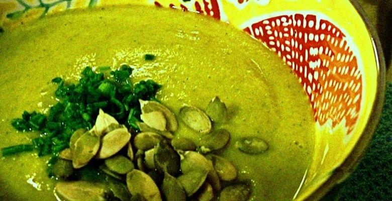St Patrick's Green Soup: sopa verde de espinacas y brócoli