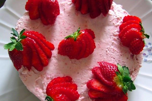 Semifrío de fresas y mascarpone