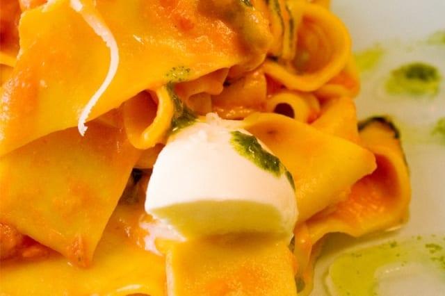 Pasta con tomate y Gorgonzola
