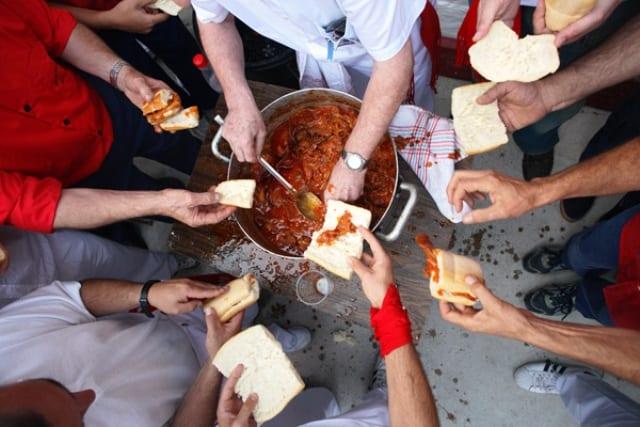 Magras con tomate: gastronomía de los sanfermines