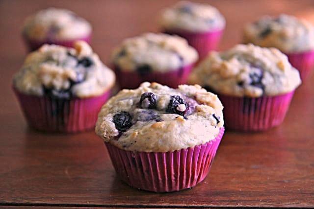 Muffins de yogur con corazón de fruta