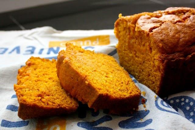 Pan de calabaza y especias: sabores de otoño