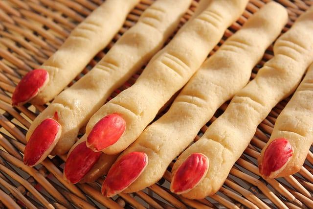Dedos de bruja con 4 especias: de miedo.