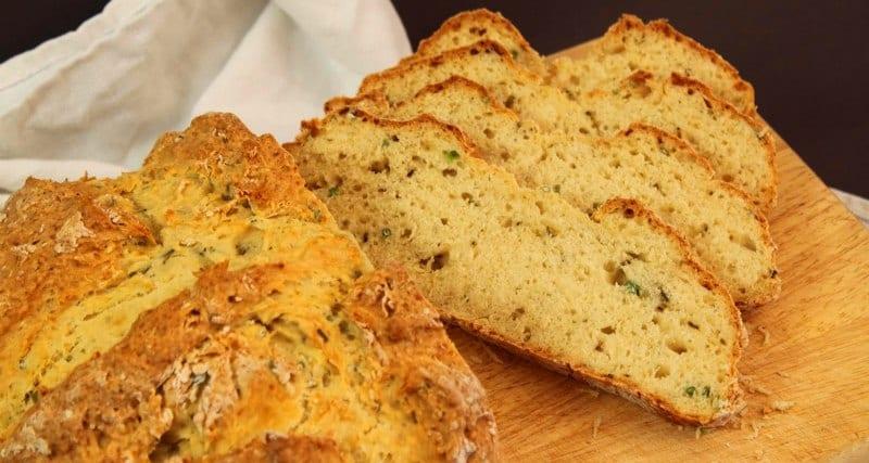 Pan de hierbas aromáticas: Para una comida romántica