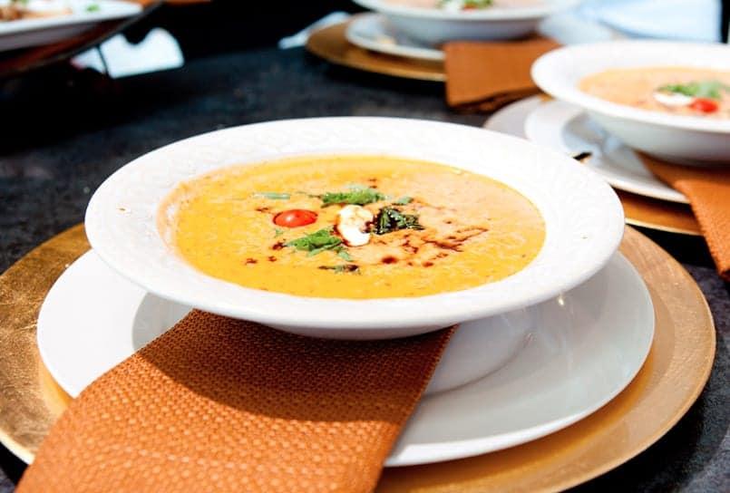 Trucos de cocina c mo mantener la comida caliente durante for Tipos de platos