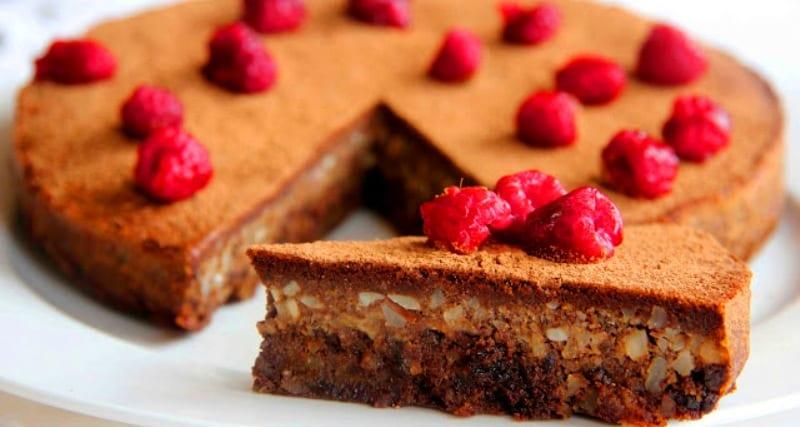 Tarta de chocolate y frutos secos sin harina