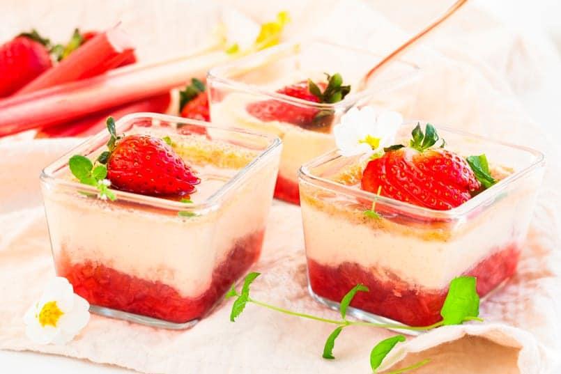 Pastel de mousse de fresas, para sorprender a tus invitados