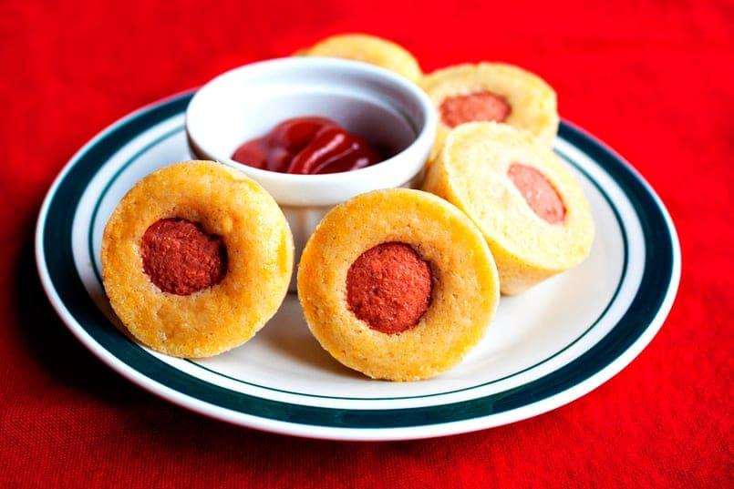 Muffins salados de salchicha