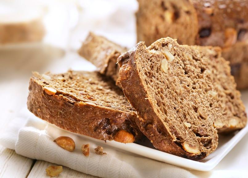 Pan integral de manzana y nueces, desayuno perfecto