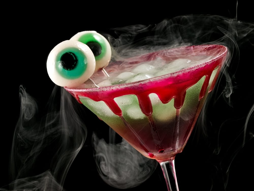 Cóctel de brujas para Halloween