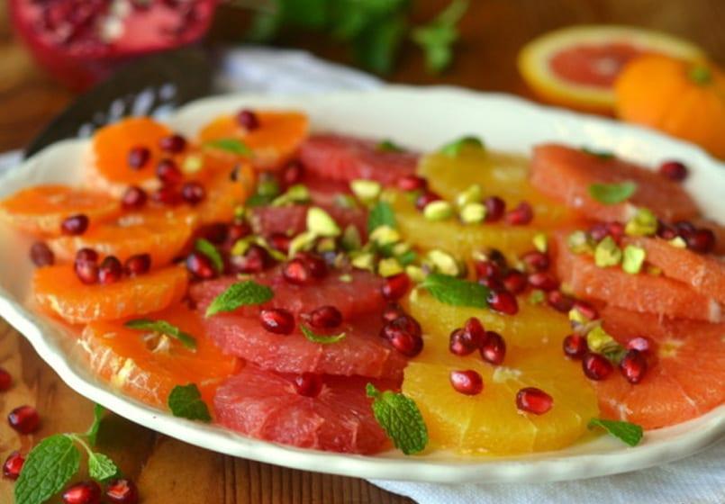 Ensalada de cítricos con granada y pistachos