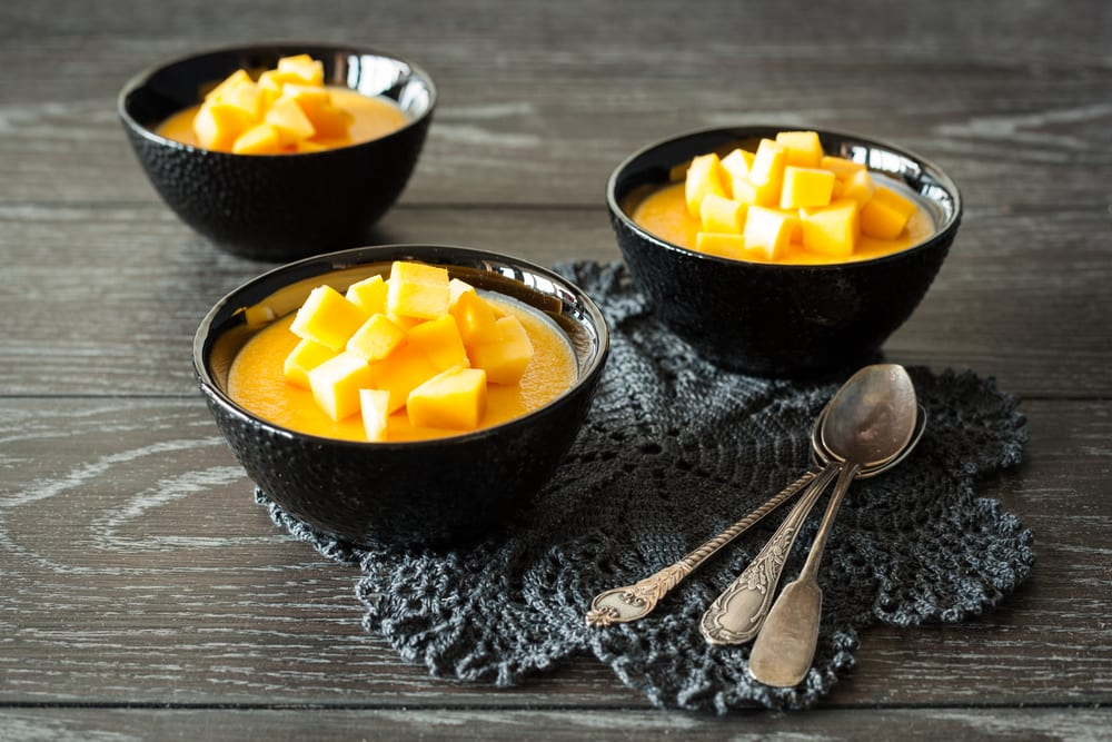 Pudin de mango, un postre de lo más ligero