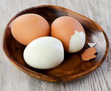 Trucos de cocina: Cómo cocer huevos sin que se rompan