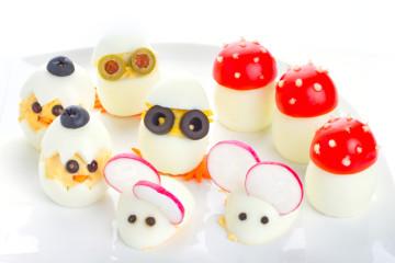 Huevos rellenos con formas… ¡¡Perfectas para los niños!!
