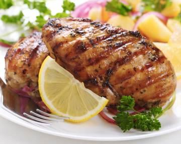 Pechugas de pollo sanas al limón