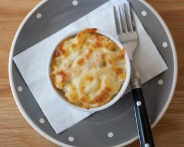 Macarrones gratinados con queso