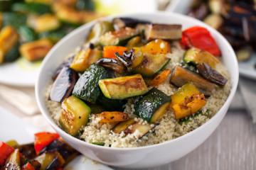 Ensalada de cuscús con verduras a la plancha