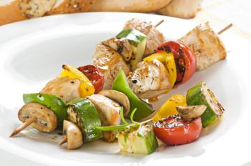 Pincho de pollo y verduras