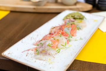 Ceviche de salmón y mero