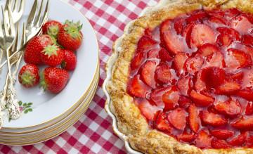 Tarta de fresas y yogurt