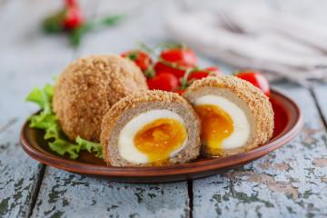 Huevos escoceses, para una noche divertida