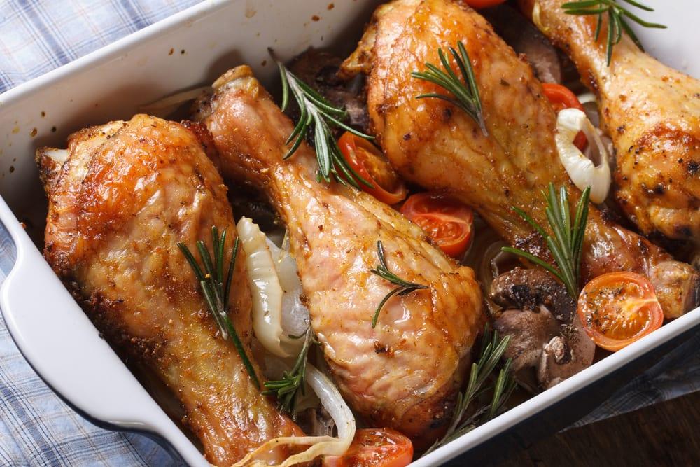 Muslitos de pollo al horno con vino blanco recet n - Como cocinar pollo al horno ...