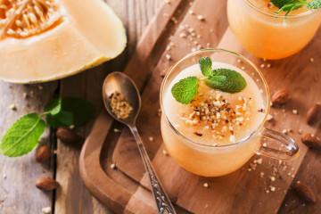 Smoothie de melón y melocotón