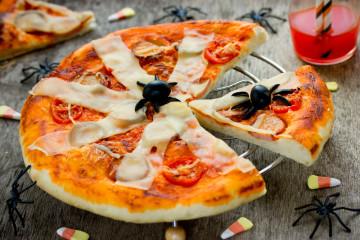 Pizza arácnida para Halloween