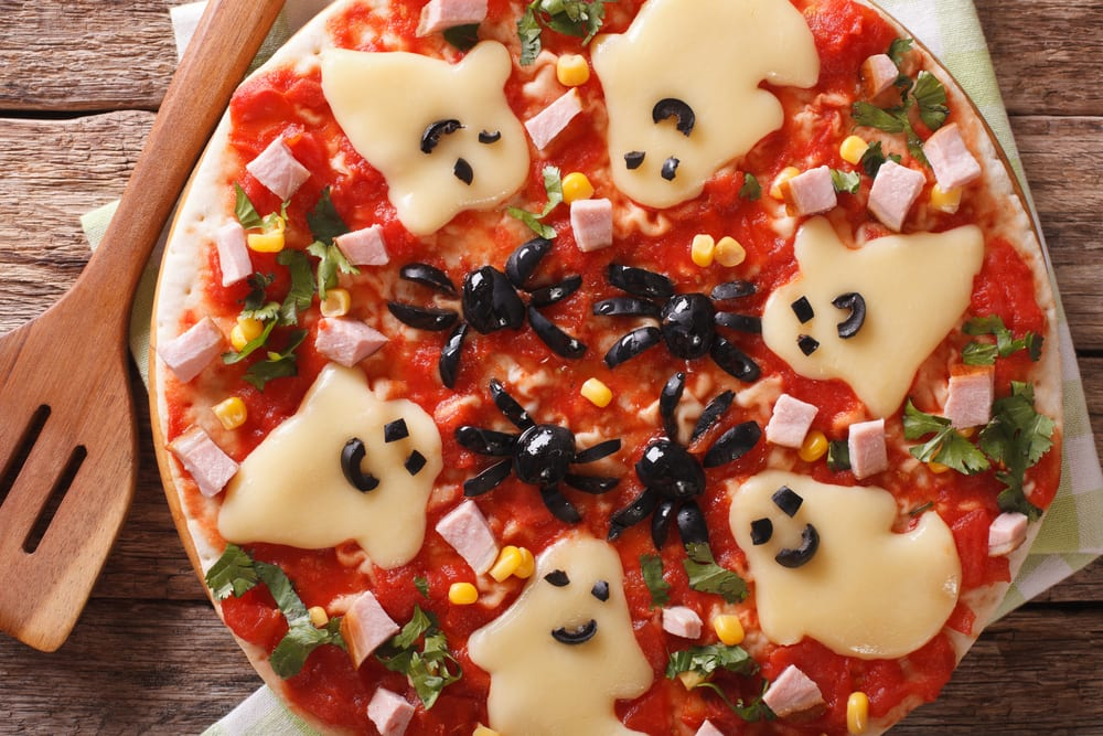 pizza_halloween_fantasma3