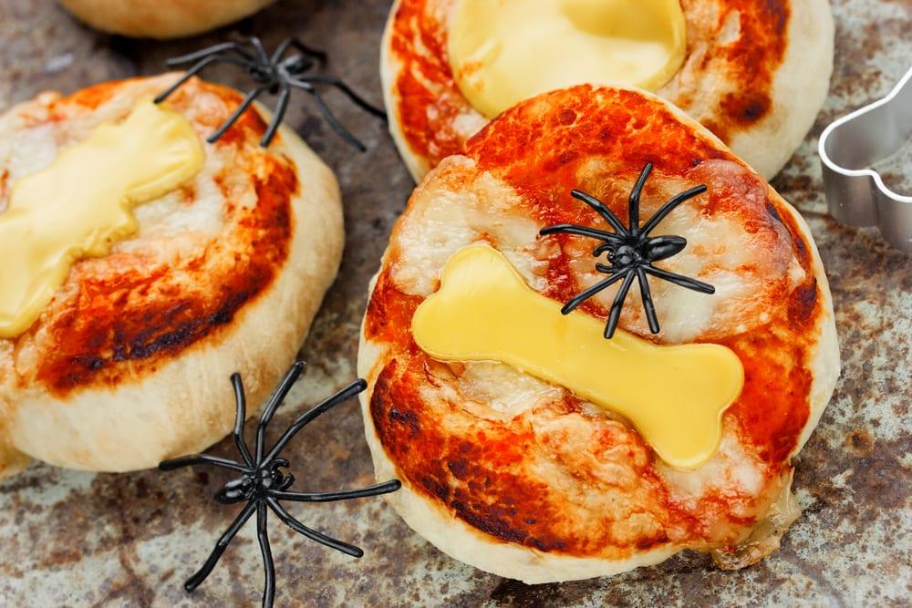 pizza_halloween_huesos