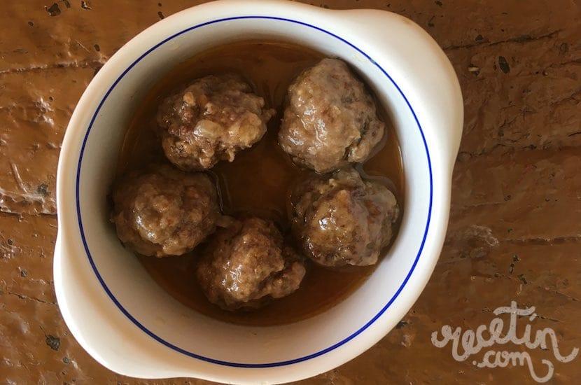 Alb ndigas tradicionales con salsa recet n - Albondigas tradicionales ...
